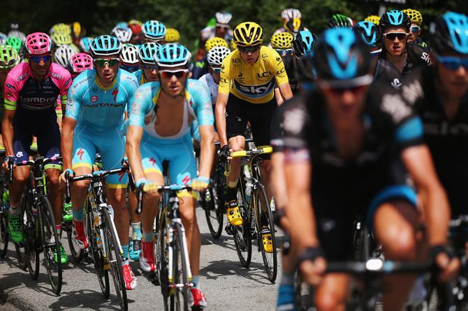 O ciclistas são seres humanos, têm que ser respeitados.